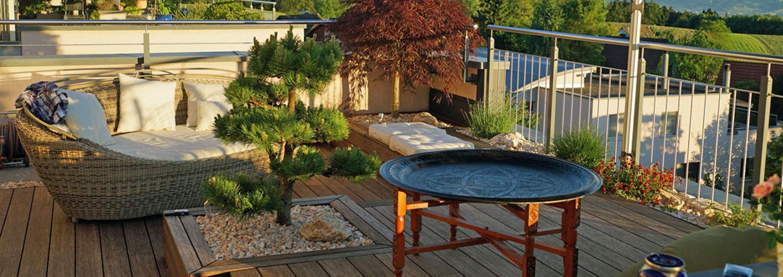 Gartenwege und Sitzplätze